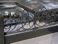 Рекомендации по выбору ограды на могилу