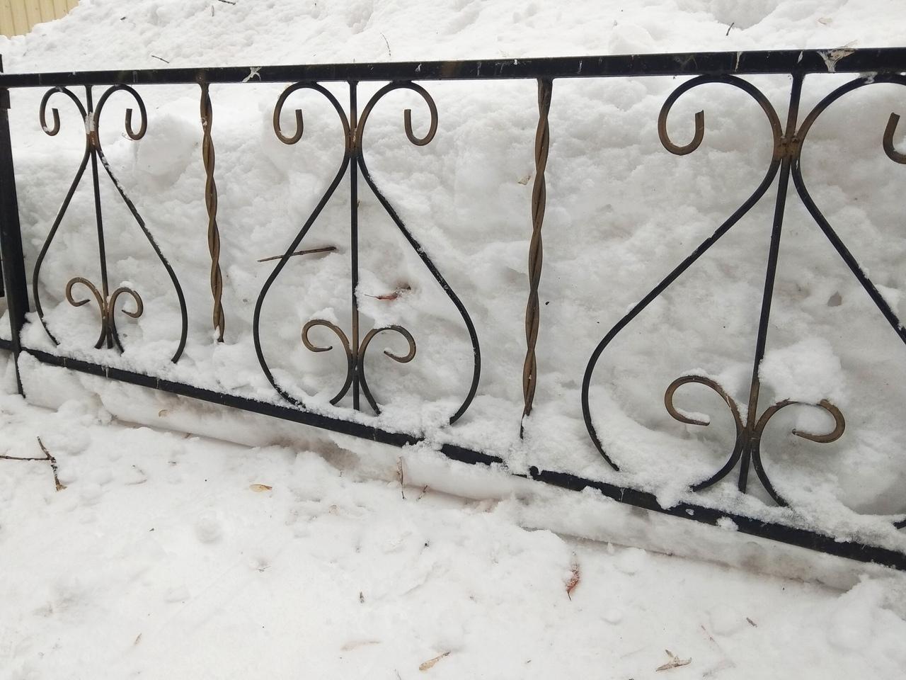 Металлическая ритуальная ограда М-3